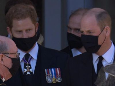 Harry e William no funeral do Príncipe Filipe.
